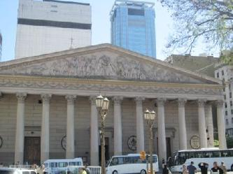 ANGEBOT A): City Tour BA  Private Stadtrundfahrt in Buenos Aires IN DEUTSCHER SPRACHE  mit PKW. Für EU 65.- pro Tn bei 4 Gäste. Dauer  3 Stunden.  City tours in Buenos Aires